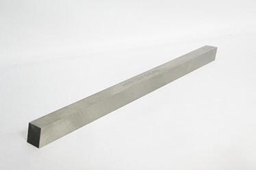 стругарски ножове